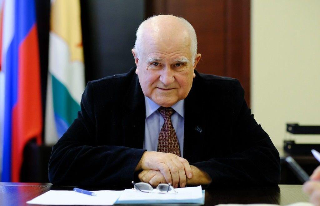 Рахим Азимов выразил соболезнования родным, близким и коллегам Владимира Бакина