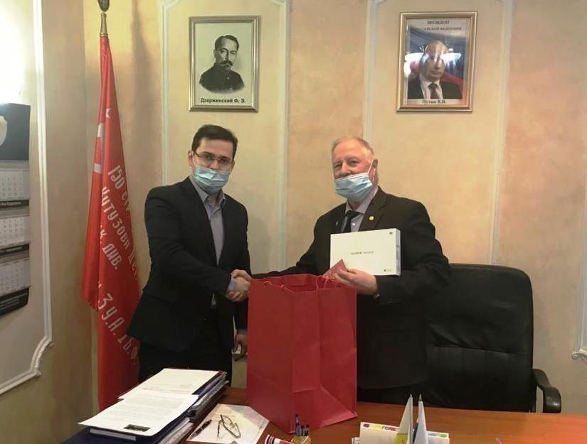 Рахим Азимов поздравил ветеранов органов государственной безопасности с профессиональным праздником